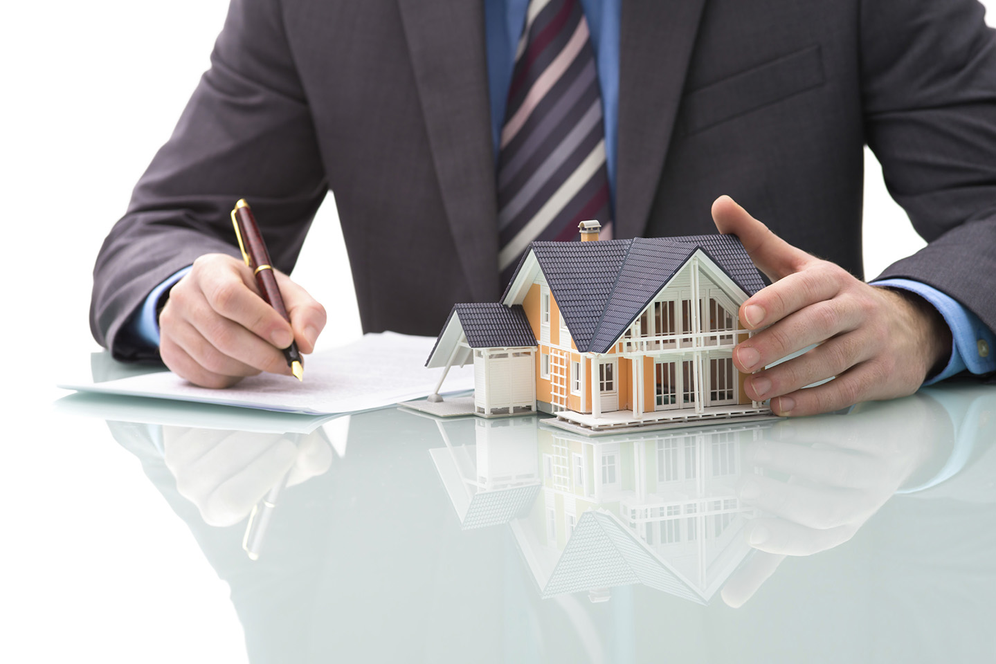 Advantages of Selling Your House to a Real Estate Investor